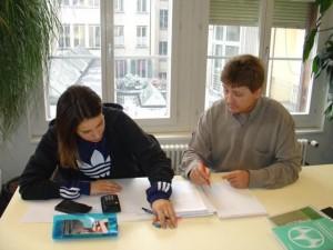Nachhilfe_Schueler_und_Lehrer